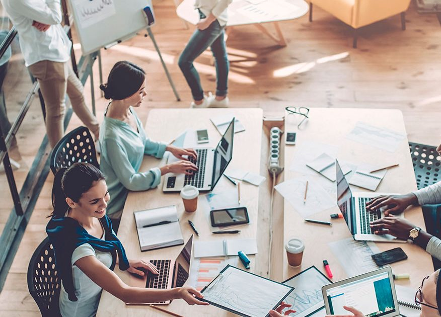 Things to Consider Before Choosing Blogging As A Fulltime Career